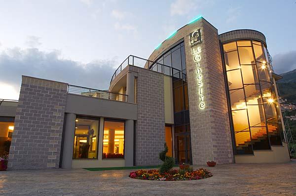 HOTEL LE GINESTRE-L´AQUILA