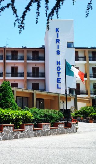 Hotel Kiris 3*
