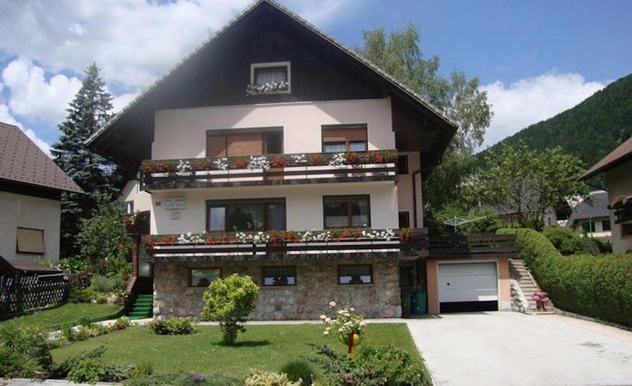 Banic Dragica-Appartamenti e Camere